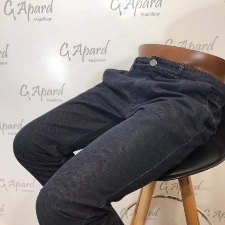 Pantalon EDITION étroit en...